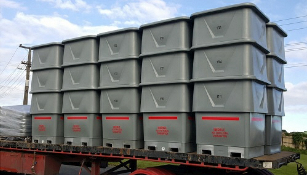 1340 Lt Roto Bins on Trailer